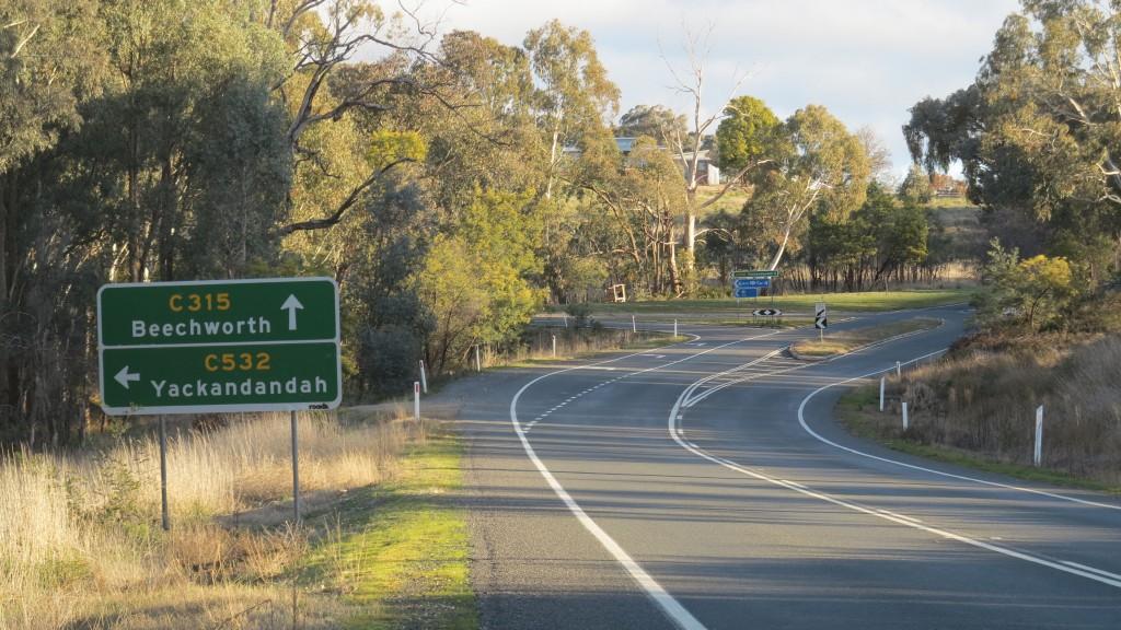 Beechworth Road Sign